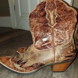 Ariat Dahlia Boot